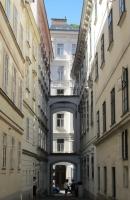 Vienna, narrow lane