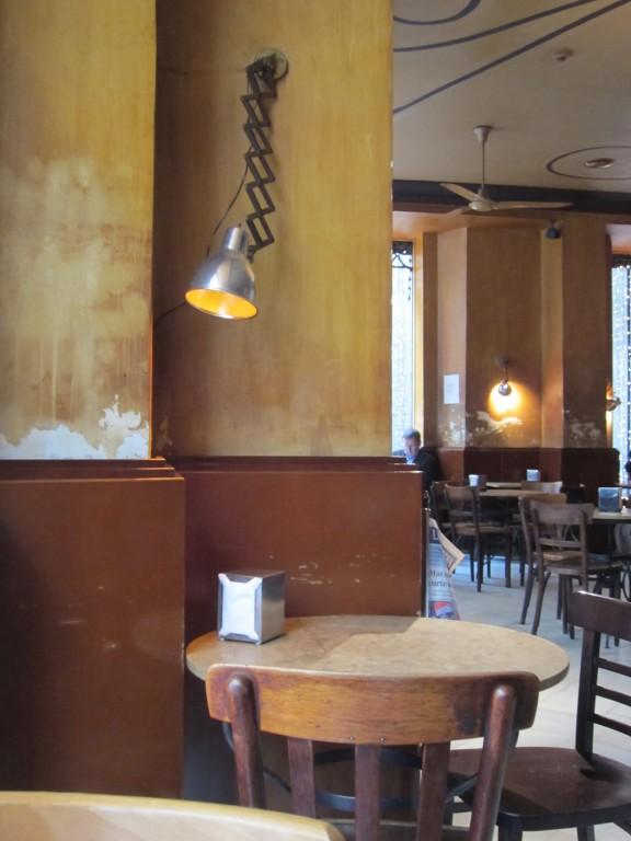 Style Moment | Café Schilling, Barcelona