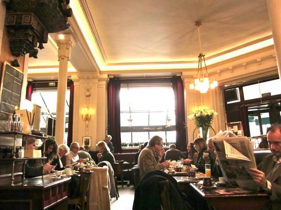 PARIS | Two rival cafés | Café de Flore & Les Deux Magots