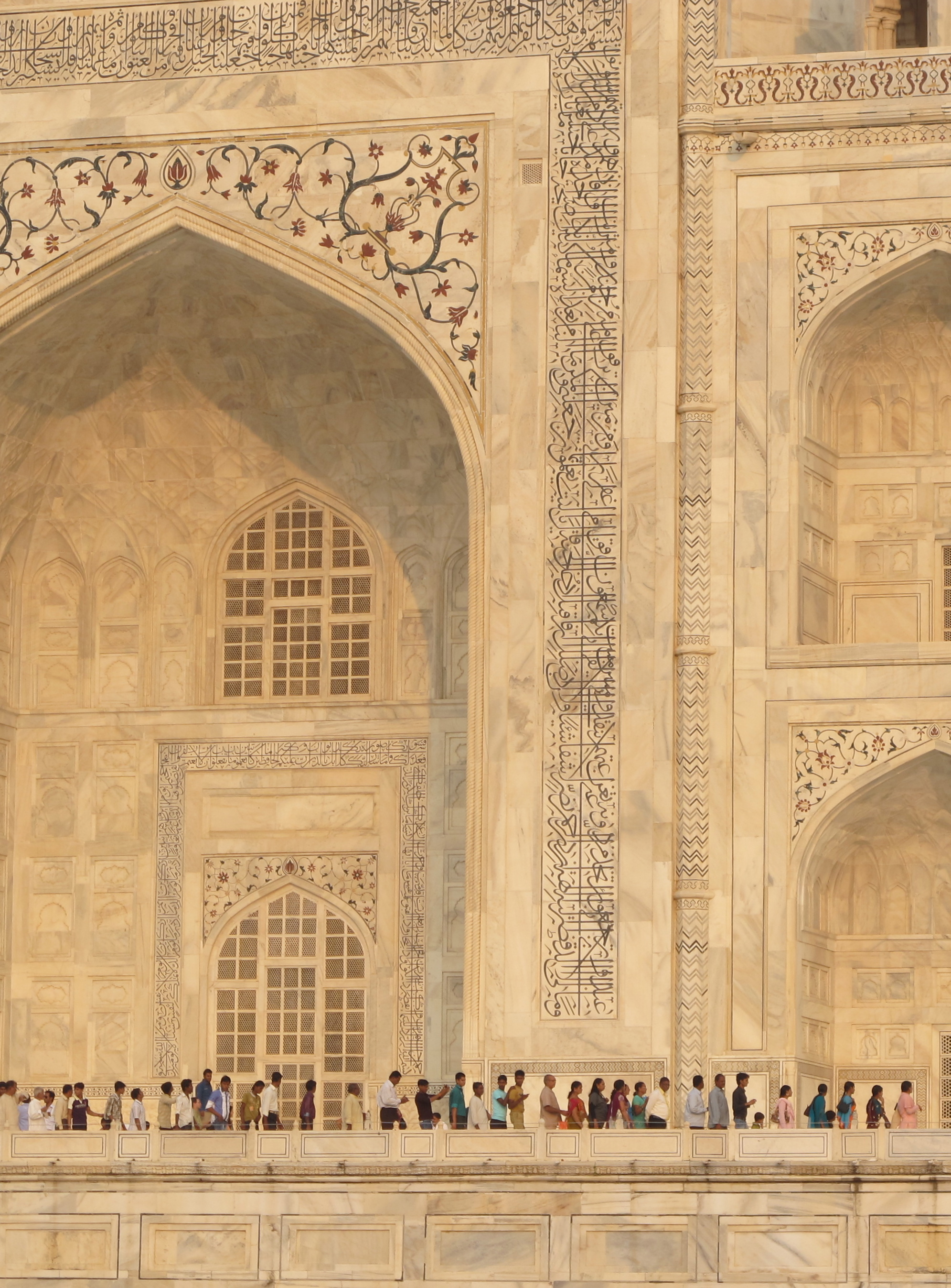 Queue - Taj Mahal - Agra - India