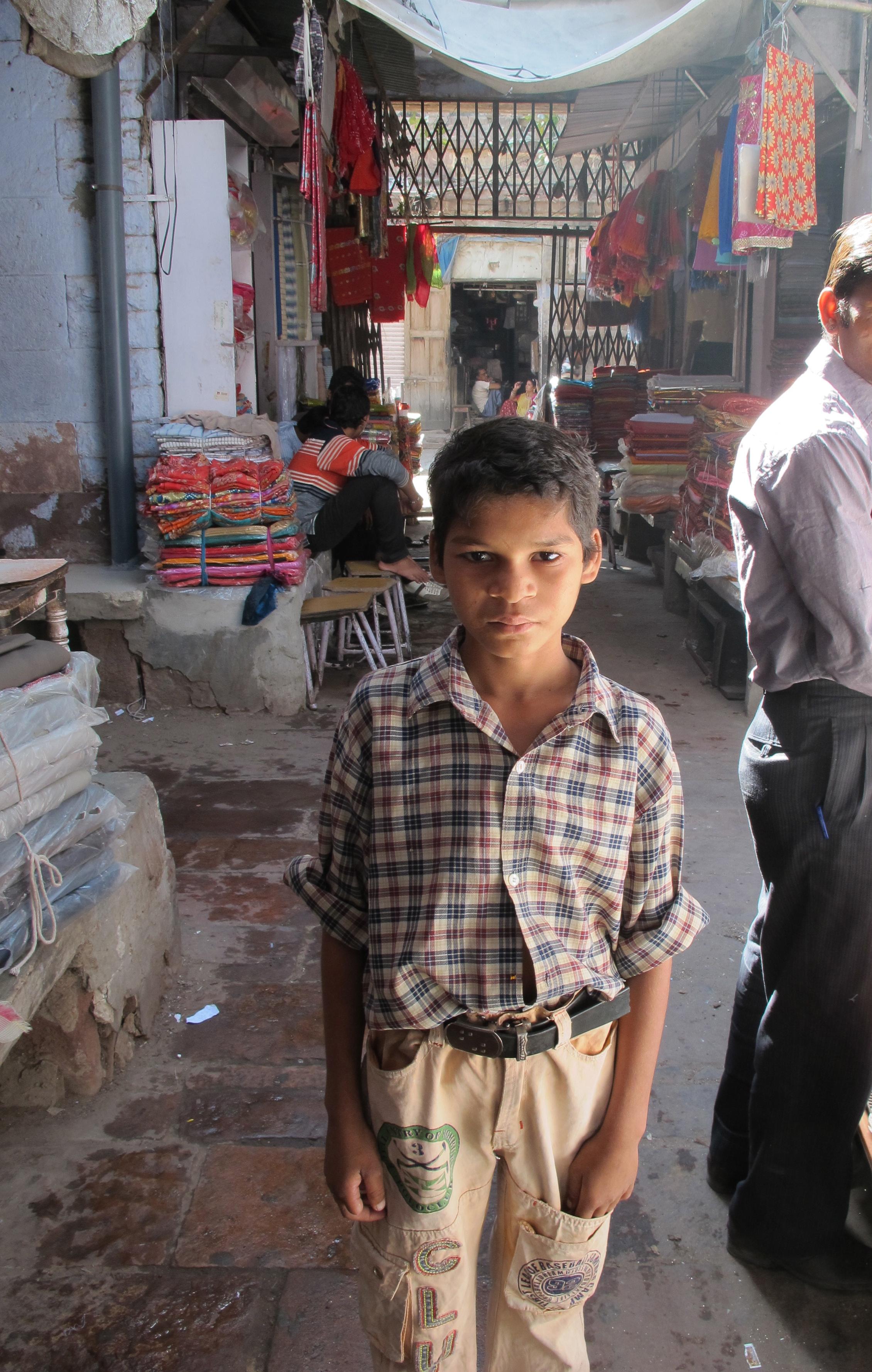 Slumdog boy - Clock Tower Market - Jodhpur - India