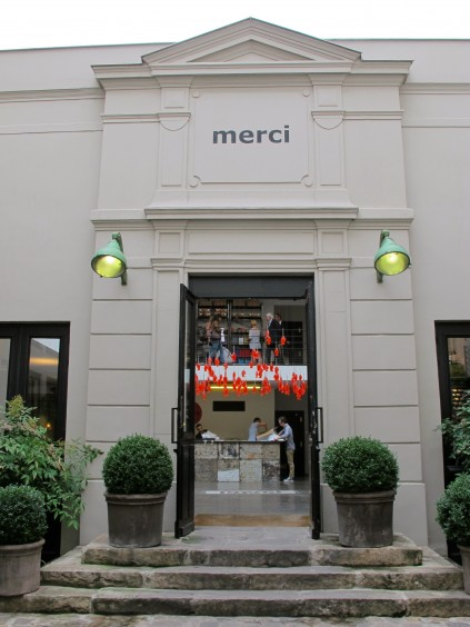 Clothing stores in france