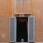 Style Moment | Blue urn, Rome