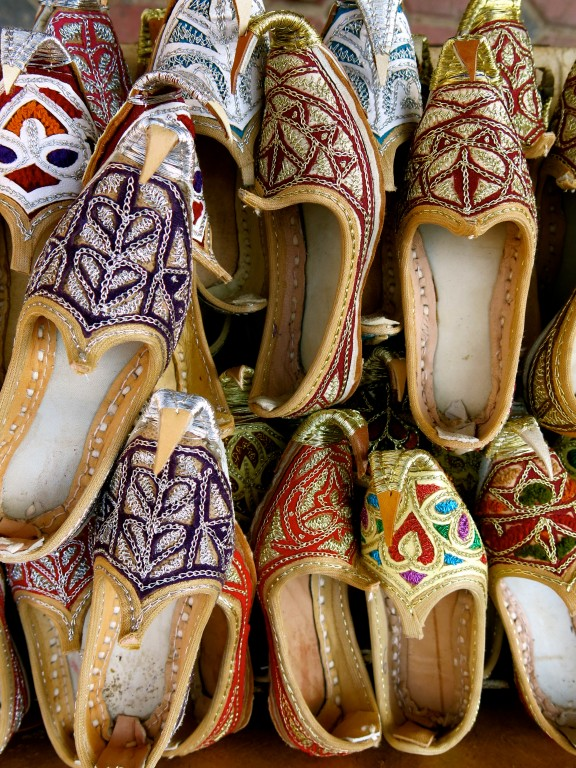STYLE MOMENT   Shoes in the souk, Dubai