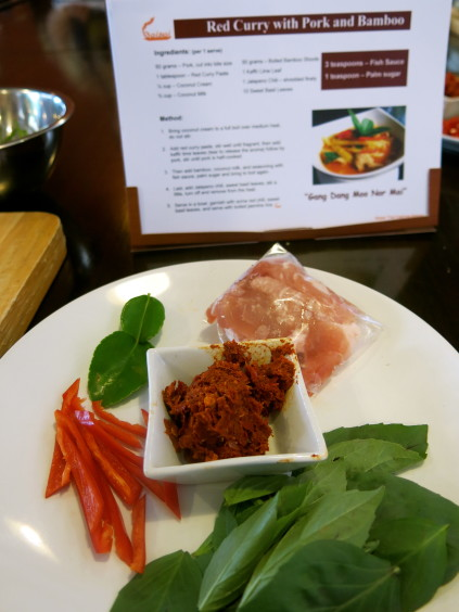 pork curry ingredients_baipai cooking school_bangkok_thailand