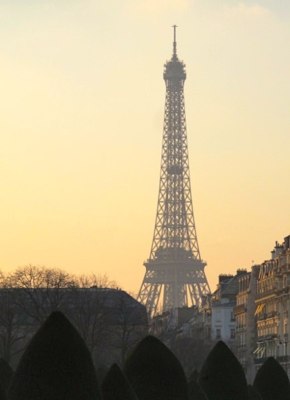 Eiffel tower_Paris_France