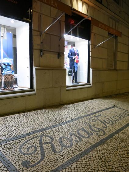 mosaic sidewalk_lisbon_portugal