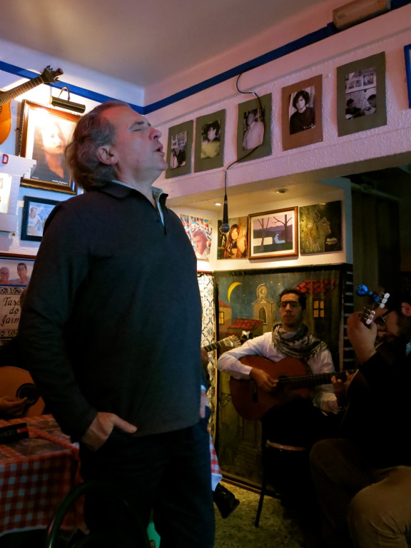LISBON | FADO AT TASCO DO JAIME DA GRAÇA