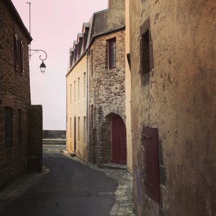 rue manet_saint-malo_brittany_france