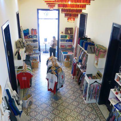 las chicas_kasbah_tangier_morocco