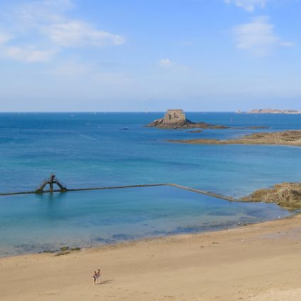 Plage de Bon Secours_saint-malo_brittany_france